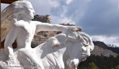 Crazy Horse Memorial Prepares to Bring a Memorable Holiday to Pine Ridge School